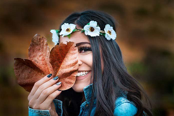 Ozdoby na paznokciach – modna jesień