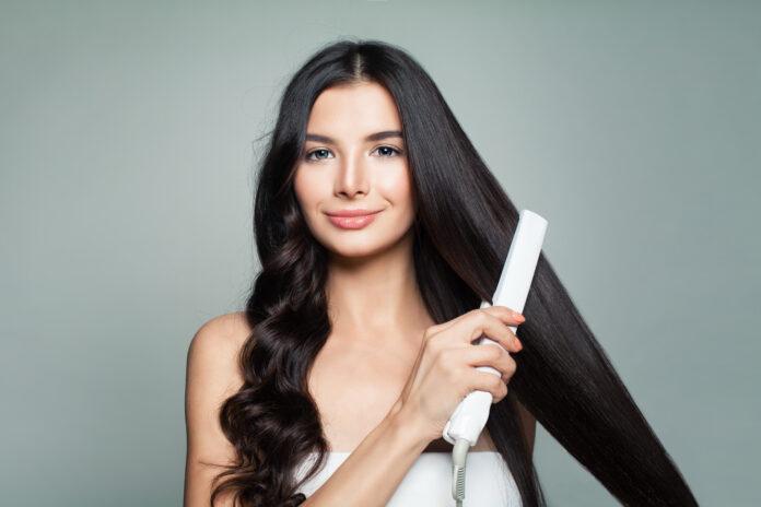 czy da się bezpiecznie prostować włosy?